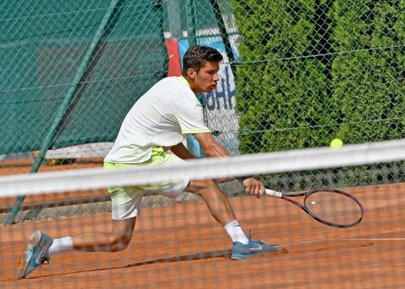 Нови победи за фаворитите на Държавното първенство по тенис за мъже