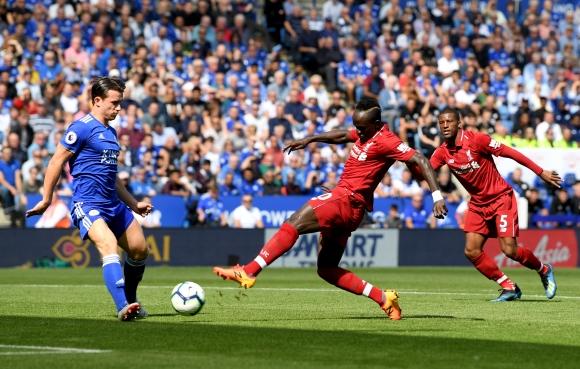 Ливърпул измъкна победата в Лестър, грешка на Алисон доведе до първи гол във вратата му (видео)