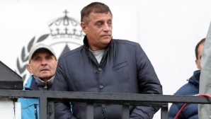 Минава ли на парад Царско село във Втора лига - отговорът на Стойне Манолов