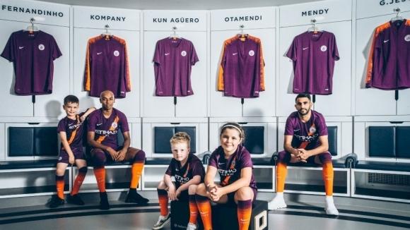 Манчестър Сити представи третия си екип за мачовете от ШЛ