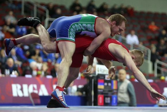 Националите ни по борба тръгват за турнири в Полша и Беларус