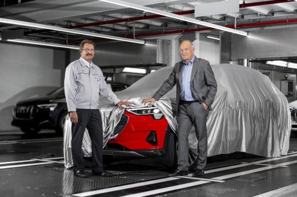 Стартира производството на Audi e-tron