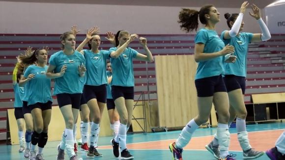 Открита тренировка на женския национален отбор