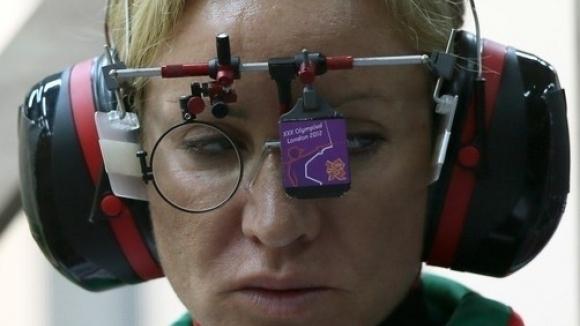 Бонева и Гроздева извън финала на 25 м. пистолет, украинка грабна златото
