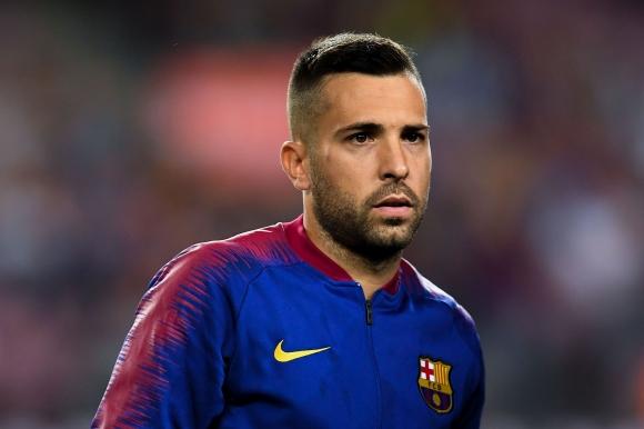 Жорди Алба се врече във вярност на Барселона
