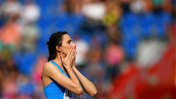 Ласицкене отново покори 2 метра за победа на Континенталната купа
