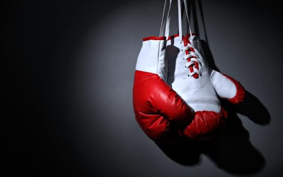 Бивш шампион по бокс открит мъртъв в дома му