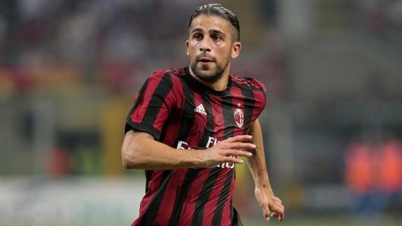 Няколко клуба с интерес към защитник на Милан