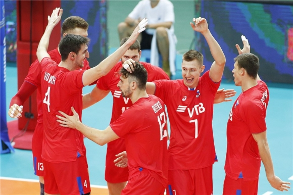 Русия стартира с чиста победа над Австралия (видео + галерия)