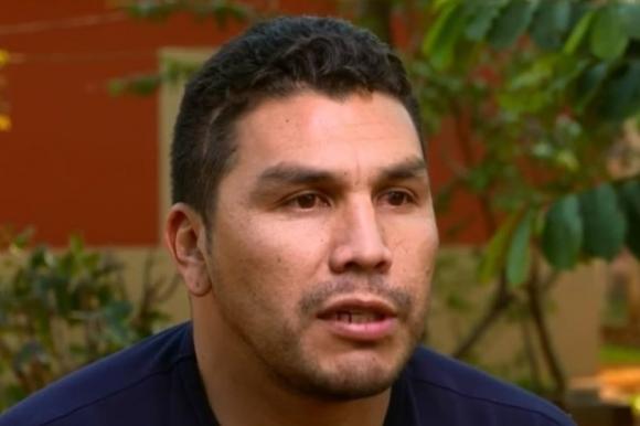 Салвадор Кабаняс разнася хляб от фурната на баща си