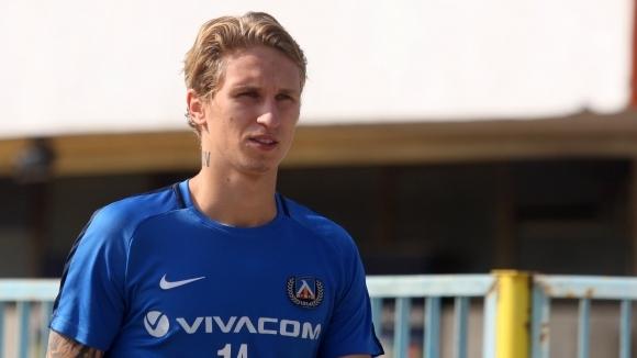 Призоваха треньора на Естония да повика футболист на Левски в националния отбор