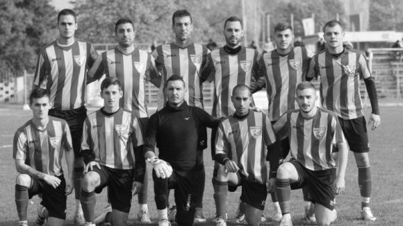 Голяма трагедия! Четирима футболисти от Трета лига загинаха след свиреп инцидент
