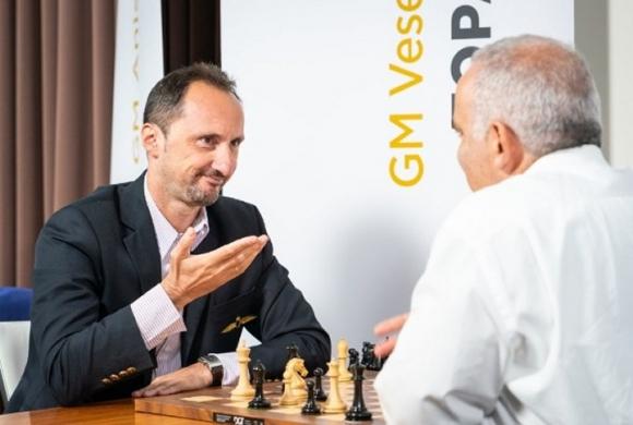 Гари Каспаров съкрати преднината на Топалов в Сейнт Луис