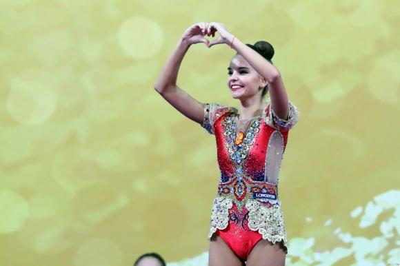 Дина Аверина: Обещах на сестра си, че ще спечеля златния медал в многобоя и ще й го подаря