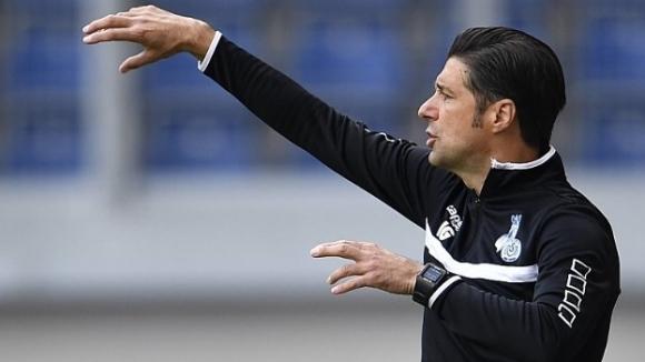 Дуисбург изпусна победата, но Груев запази поста си