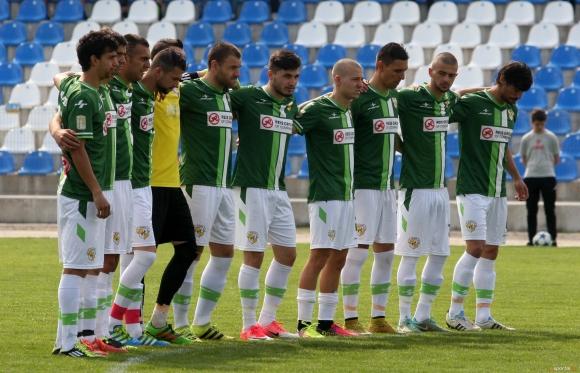 ФК Банско подарява тетрадки с клубната емблема за първия учебен ден