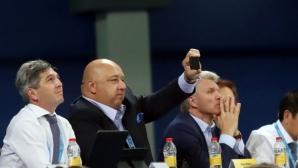 Министър Кралев награди шампионките