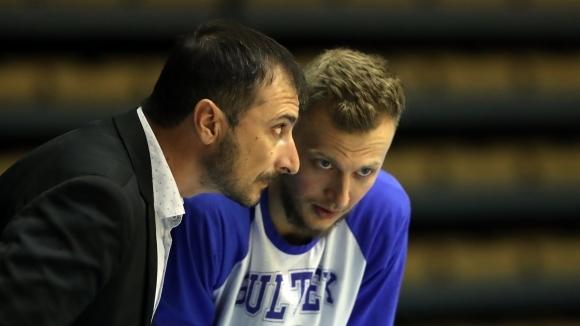 Академик Бултекс 99 стартира срещу Динамо Букурещ на четиристранен турнир