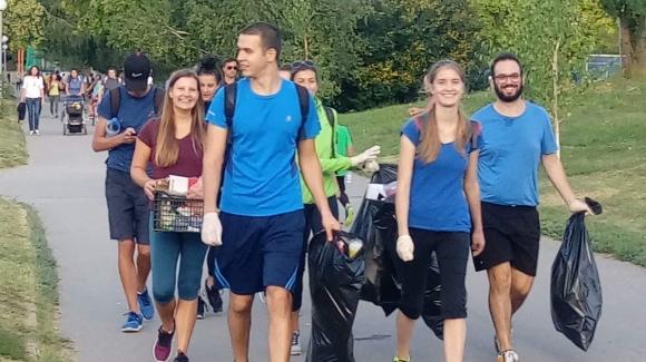 Плогинг инициатива и доброволчески уъркшоп се проведоха в София