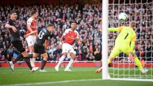 Чех спаси всичко, Арсенал с четвърта поредна победа (видео)