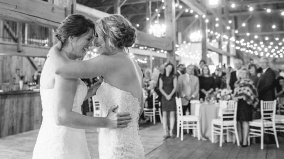 Изненада! Oлимпийски шампионки по хокей се ожениха
