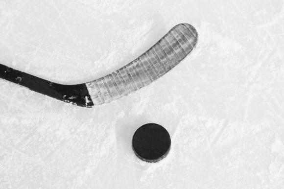 Ирбис-Скейт с убедителна победа