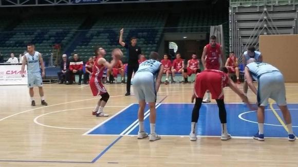 Академик Бултекс 99 тръгна с победа на турнира за Купа Пловдив