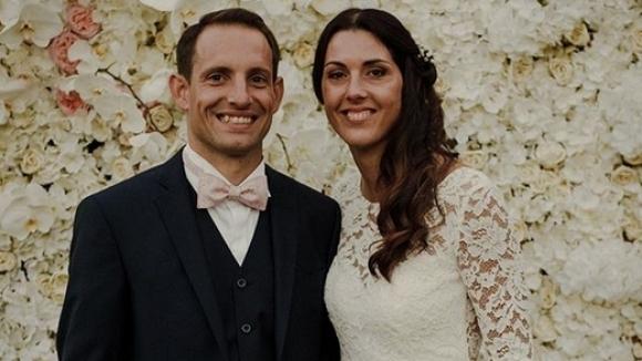Лавийени се ожени