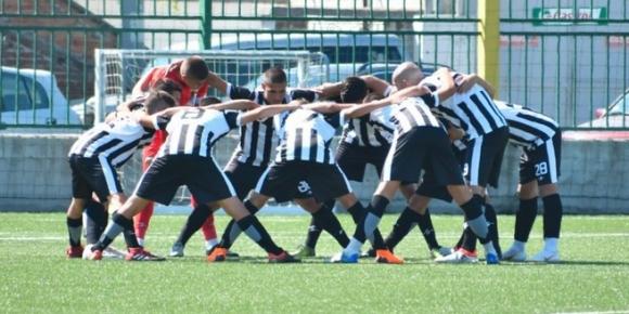 Юношите на Локо (Пловдив) мачкат с 11:0