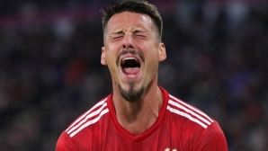 Байерн - Аугсбург 0:0, странно решение на Ковач (гледайте тук)