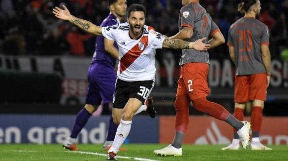 """Аржентинското дерби е за Ривър, """"милионерите"""" на полуфинал за Копа Либертадорес"""