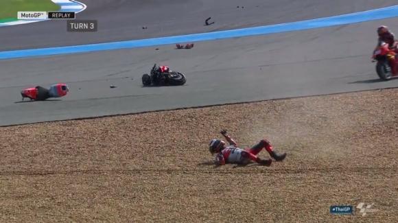 Дови оглави втората тренировка в MotoGP, Лоренсо със странна катастрофа