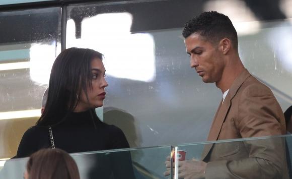 УЕФА също следи внимателно казуса с Роналдо