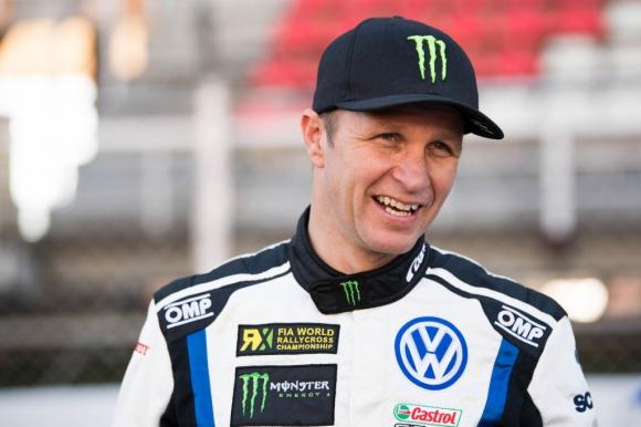 Вижте рали автомобила за завръщането на Солберг във WRC