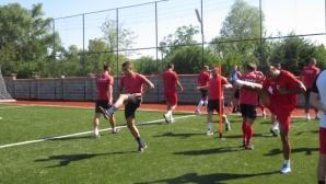 Кариана (Ерден) търси победата срещу Черноморец (Балчик)