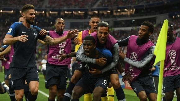 Пол Погба с мил жест към съотборниците си от Франция