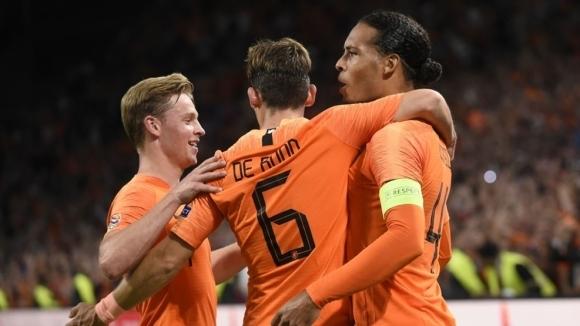 Холандия удари лошо Германия в Амстердам (видео)