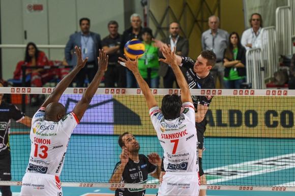 Кучине Лубе и Цветан Соколов започнаха с победа в Италия