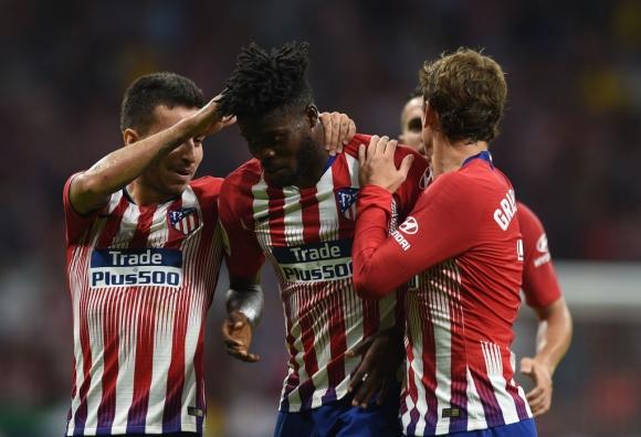 Арсенал и ПСЖ искат халф на Атлетико Мадрид