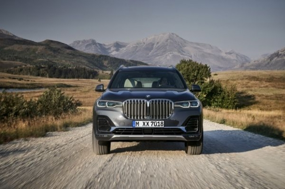 Новото BMW X7 е върховият модел в семейството на BMW X