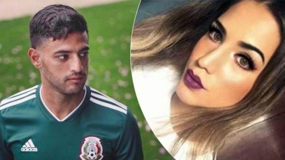 Футболист побесня заради секс скандал с транссексуален модел