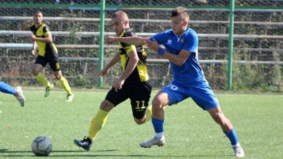 """БФС отказа да отложи Ботев Пд - Левски, """"канарчетата"""" няма да разчитат на 9 национали"""