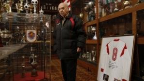 Стягат празник за 90-годишнината на Сашо Манов