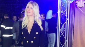 Жената на Икарди полудя по колумбийски певец (снимки + видео)