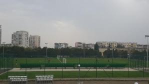 """Новият терен в спортен център """"Изгрев"""" ще бъде открит официално"""