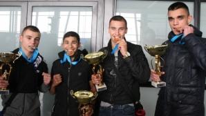 Медалистите от ЕП по бокс за юноши щастливи от успеха