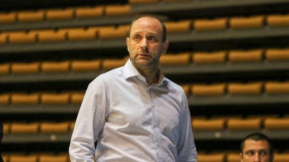 Тити Папазов очаква труден и тежък мач срещу Катая
