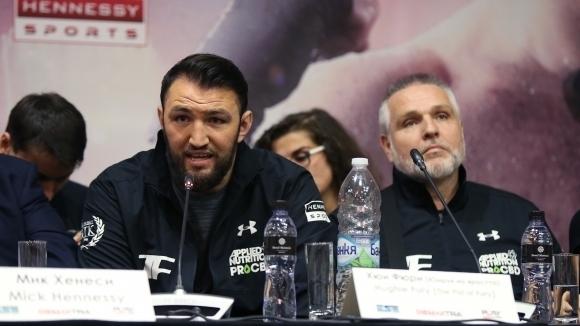 Питър Фюри: Мачът между Хюи и Пулев е достоен за световна титла