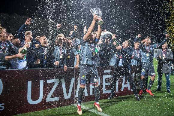 Български треньор грабна Купата на Латвия