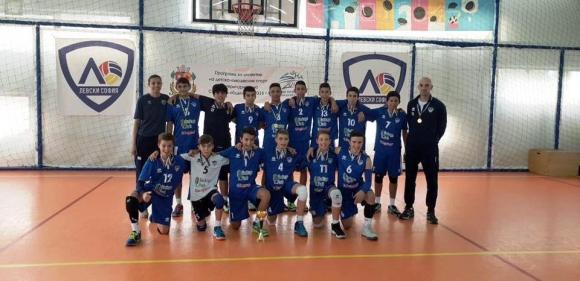 Синовете на Владо Николов, Теди Салпаров и Андрей Жеков вече играят волейбол един срещу друг